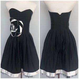 NWT Jessica McClintock Black Strapless Dress Sz 2
